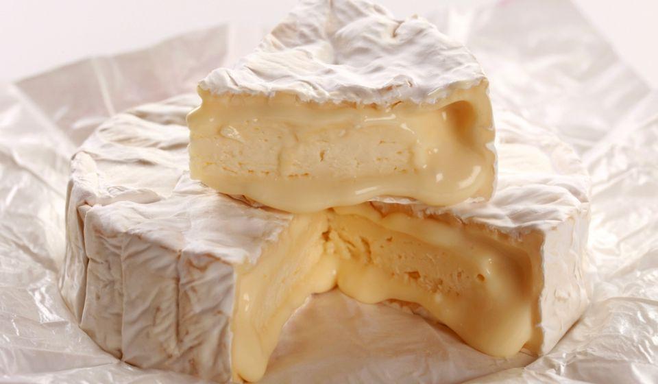 cheeses_cammembert_02
